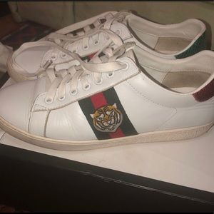 Gucci Ace Sneakers Tiger Size 7W/5.5M